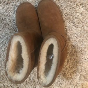 Ugg boots size 9 women's